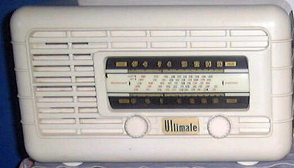 Ultimate Cygnet Bakelite radio.